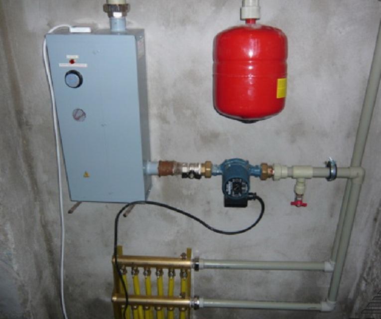 Как сделать отопление с электрокотлом в своем доме