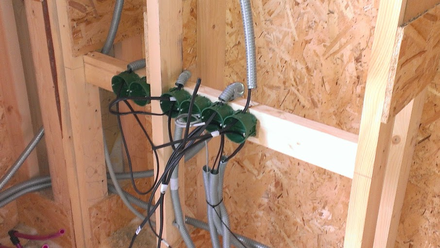Welche Verkabelung ist am besten für ein Holzhaus? Schritt-für ...
